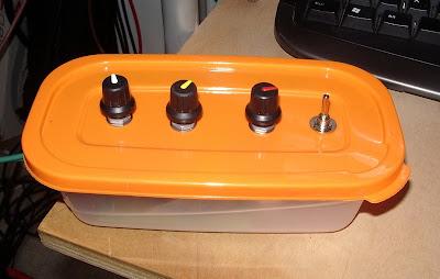 http://1.bp.blogspot.com/_vEH2E-evW5w/S7UCcoFndGI/AAAAAAAAAUM/0lR6UqSbD48/s400/Lunchbox.jpg