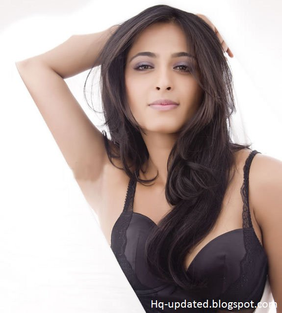 Anushka Shetty Hot In Bra Latest Photoshoot