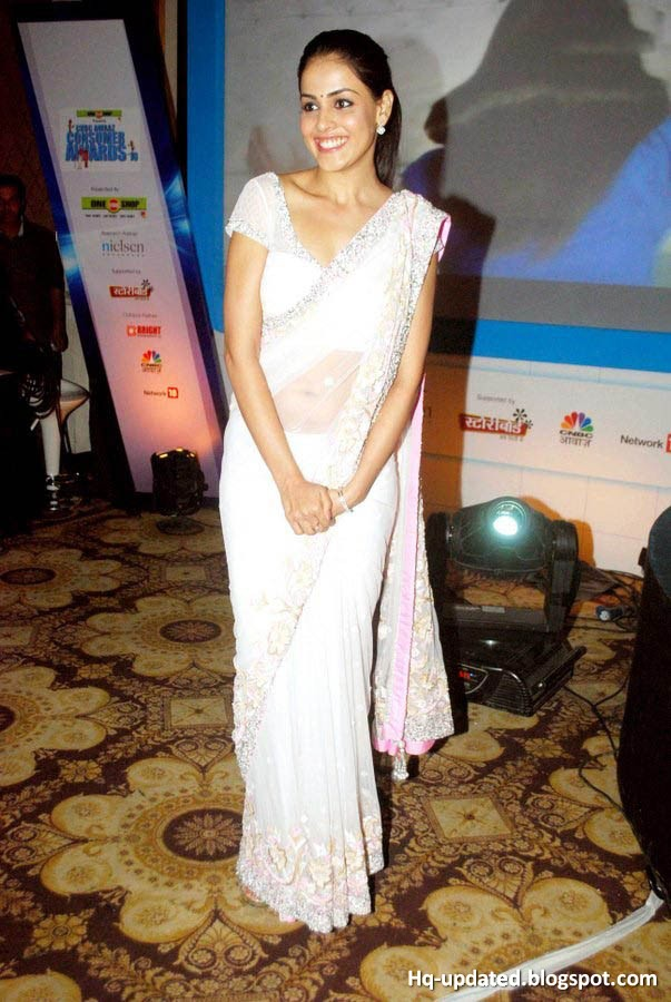 Cute and Pretty Genelia in White Saree at Awards Functions