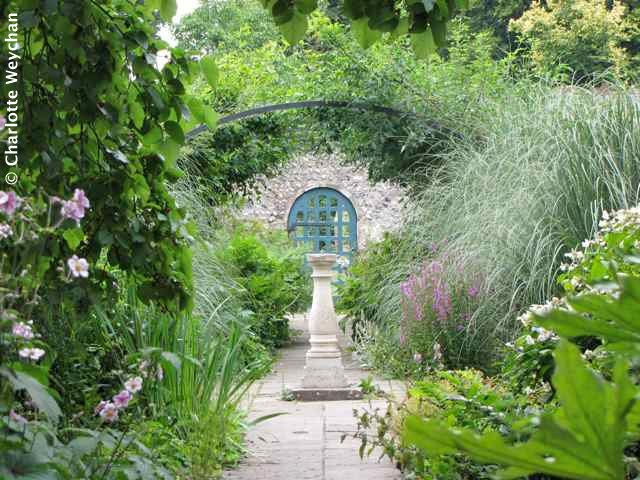 the galloping gardener small secret gardens in sussex