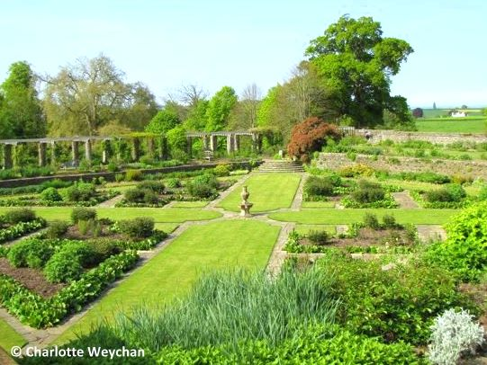 The galloping gardener great garden designers gertrude jekyll for Gertrude jekyll gardens to visit