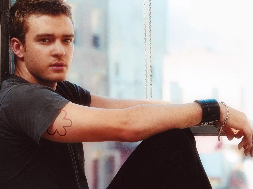 http://1.bp.blogspot.com/_vF8O9zb1Ko0/TO86LZRB9hI/AAAAAAAAABQ/rqv7zw64KG8/s1600/Justin_Timberlake.jpg