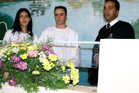 Douglas e Patrícia sendo Batizados pelo Pr. Marcos Baptista