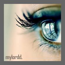 Con esa forma de mirar tus ojos claros .