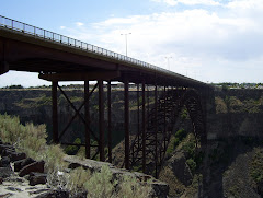 The Bridge to Twin Falls