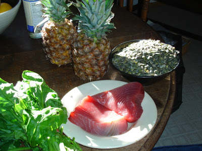 pineapple spinach tuna pumpkin seeds
