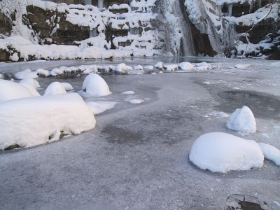 Acquacheta: la cascata di ghiaccio