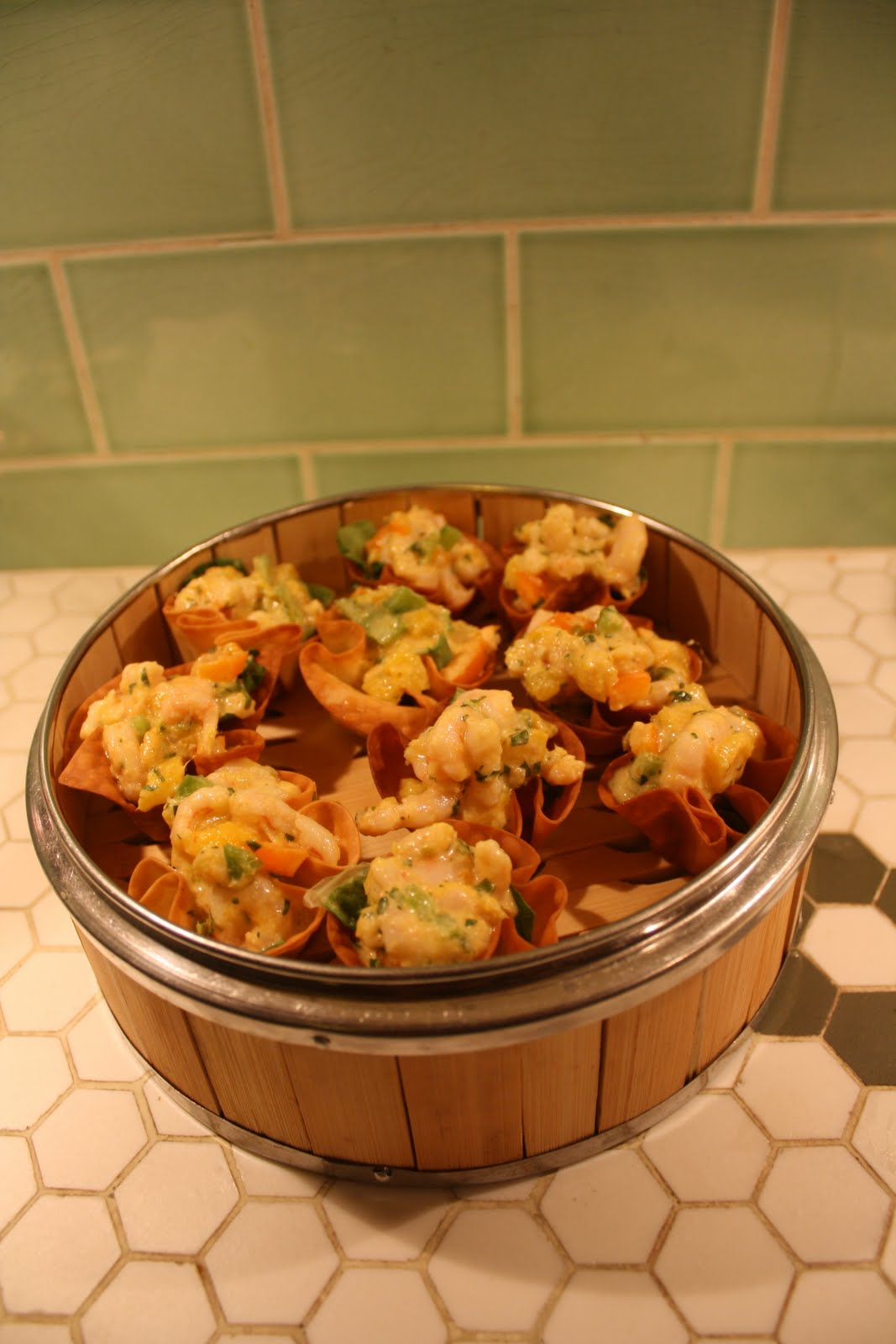 Turquoise Tile Kitchen: Wonton Crisps with Green Curry ...