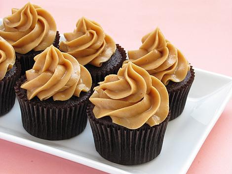Sweet Recipe: Peanut Butter Frosting ~ Kroma Design Studio | Today's ...