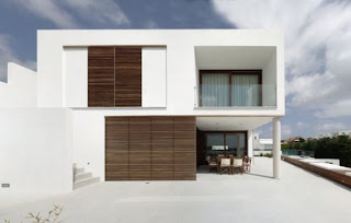 The Square House by MODO Architecture And  Design