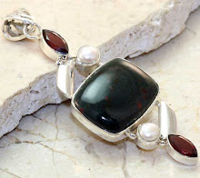 .925 sterling silver and Bloodstone Pendant