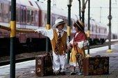 [Traveling+kids]