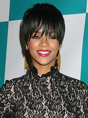 rihanna haircuts 2009. Rihanna#39;s latest haircut,