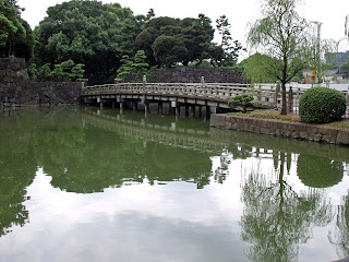 wadakura bridge and the moat