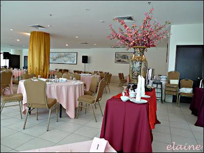 Stories of the wonderland grand kampar hotel the restaurant junglespirit Image collections