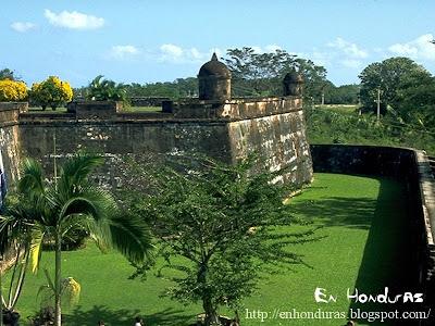 castillo omoa