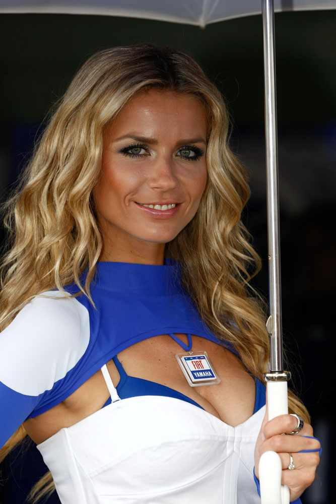 Umbrella Girl Motogp 2012