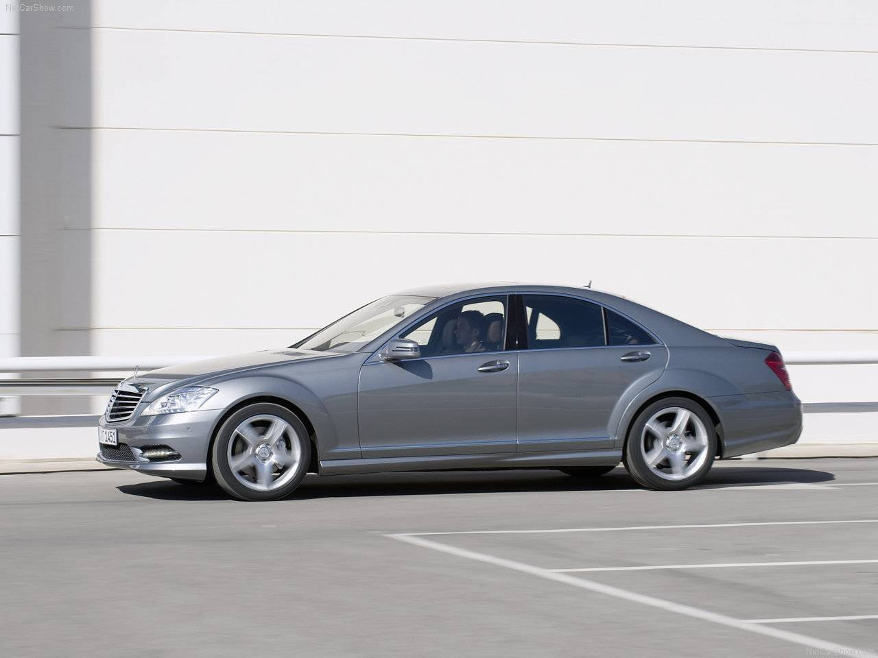 2010 mercedes benz s class amg sports package for 2010 mercedes benz s500