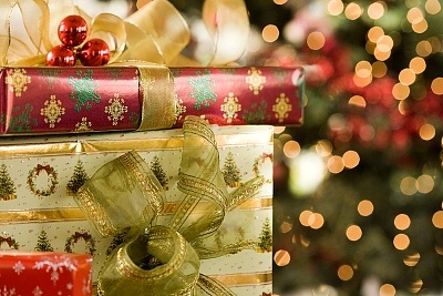but have you ever thought to yourself why do we give gifts at christmas - Why Do We Give Gifts At Christmas