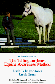 The Tellington Jones Equine Awareness Method by Linda Tellington Jones