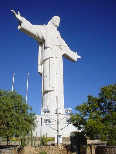 the wonders of the world cristo de la concordia
