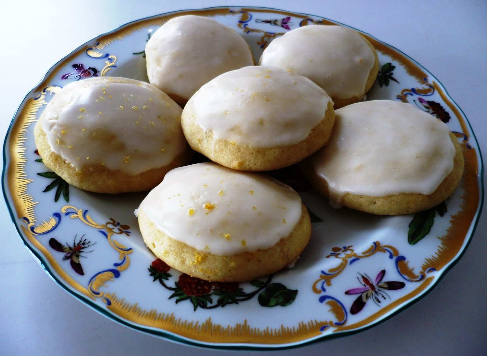 City Home/Country Home: Lemon Buttermilk Cookies