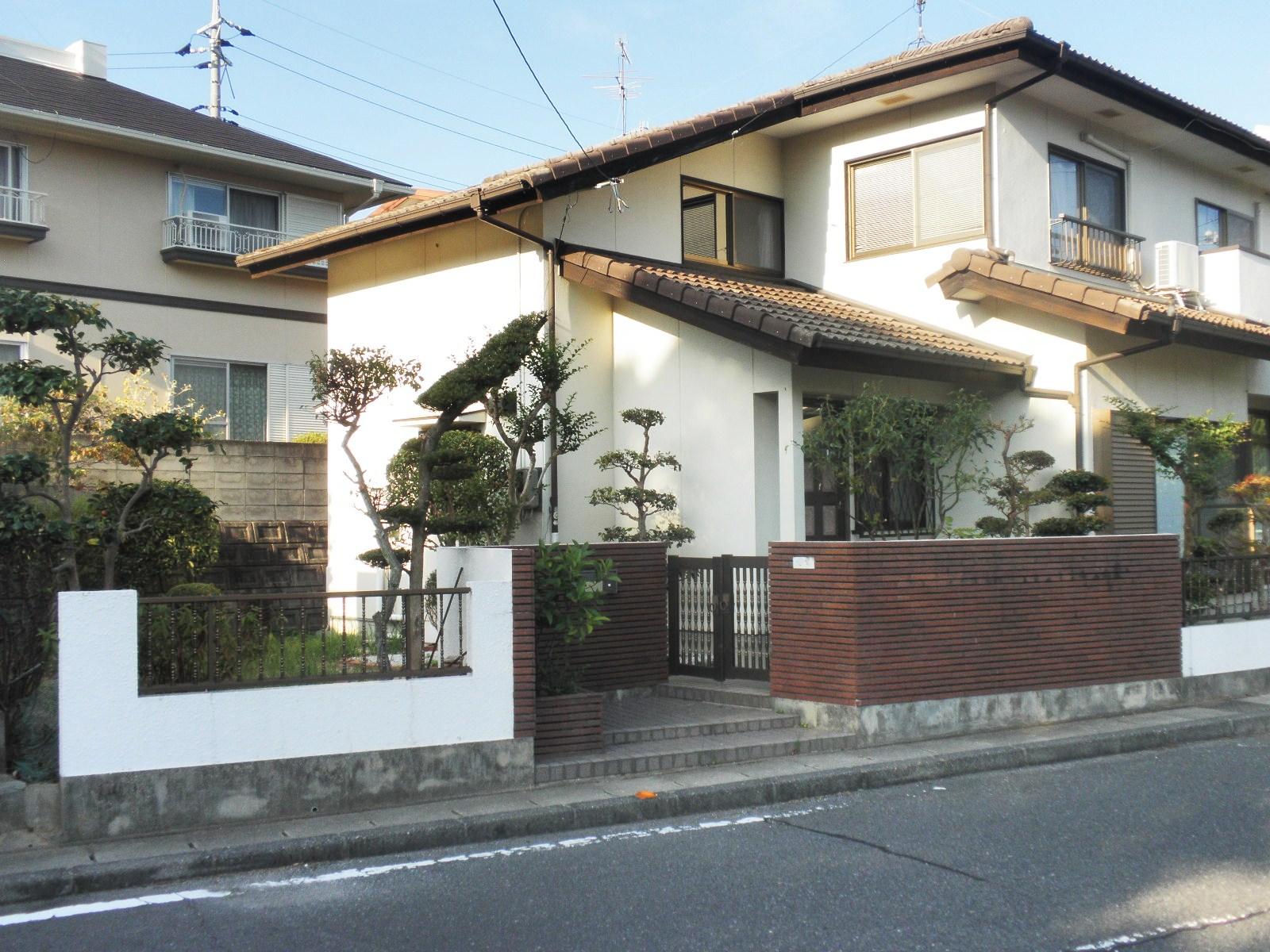 Destination japan exploring neighborhoods and yanai for Japan home design style