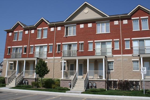 Just listed condo townhouse in for Stacked townhouse floor plans