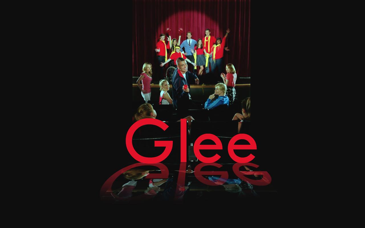 http://1.bp.blogspot.com/_vZO2aZ6MuXk/TF9oFLaXn5I/AAAAAAAAAD0/aYHMjefQ1tM/s1600/Glee_Wallpaper.jpg