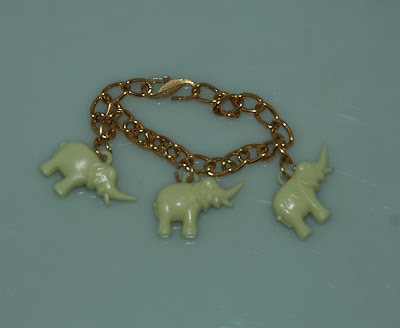 Elefántos karkötő