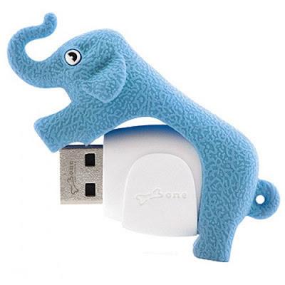 Kék USB elefánt