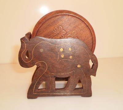 Elefántos poháralátét