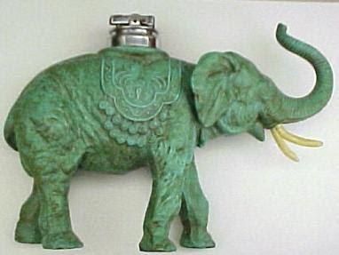 Megint egy elefántos öngyújtó