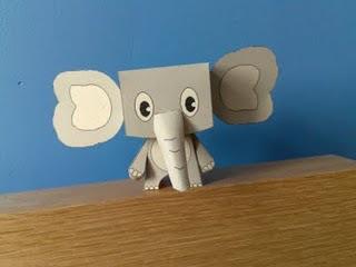 Papír elefántok