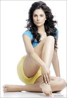 "Pooja Chitgopikar Hot photos""  id="