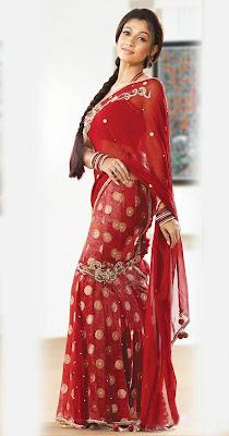 Nayanthara - Tamil Actress Latest Sexy Saree Stills Looking More Hot & Spicy