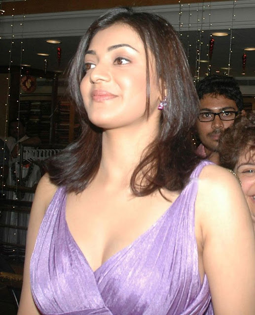 kajal agarwal Breast