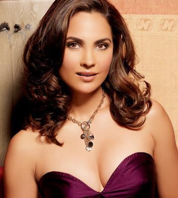 Lara Dutta sexy Pictures
