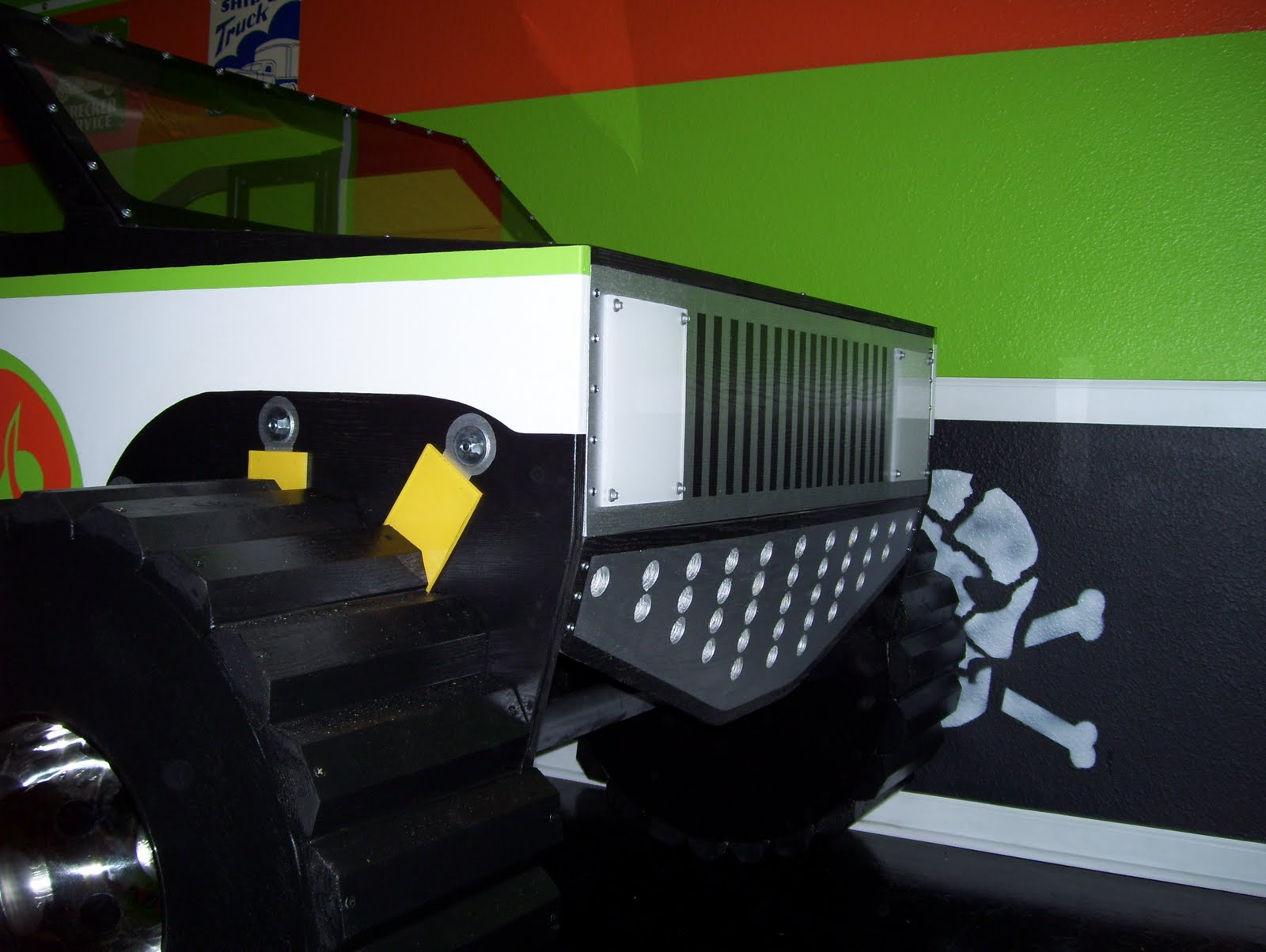 Fantasy Themed Monster Truck Twin Size Bed: Fantasy Themed ...