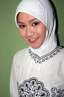 Zaskia Adya Mecca with Moslem Fashion Gallery