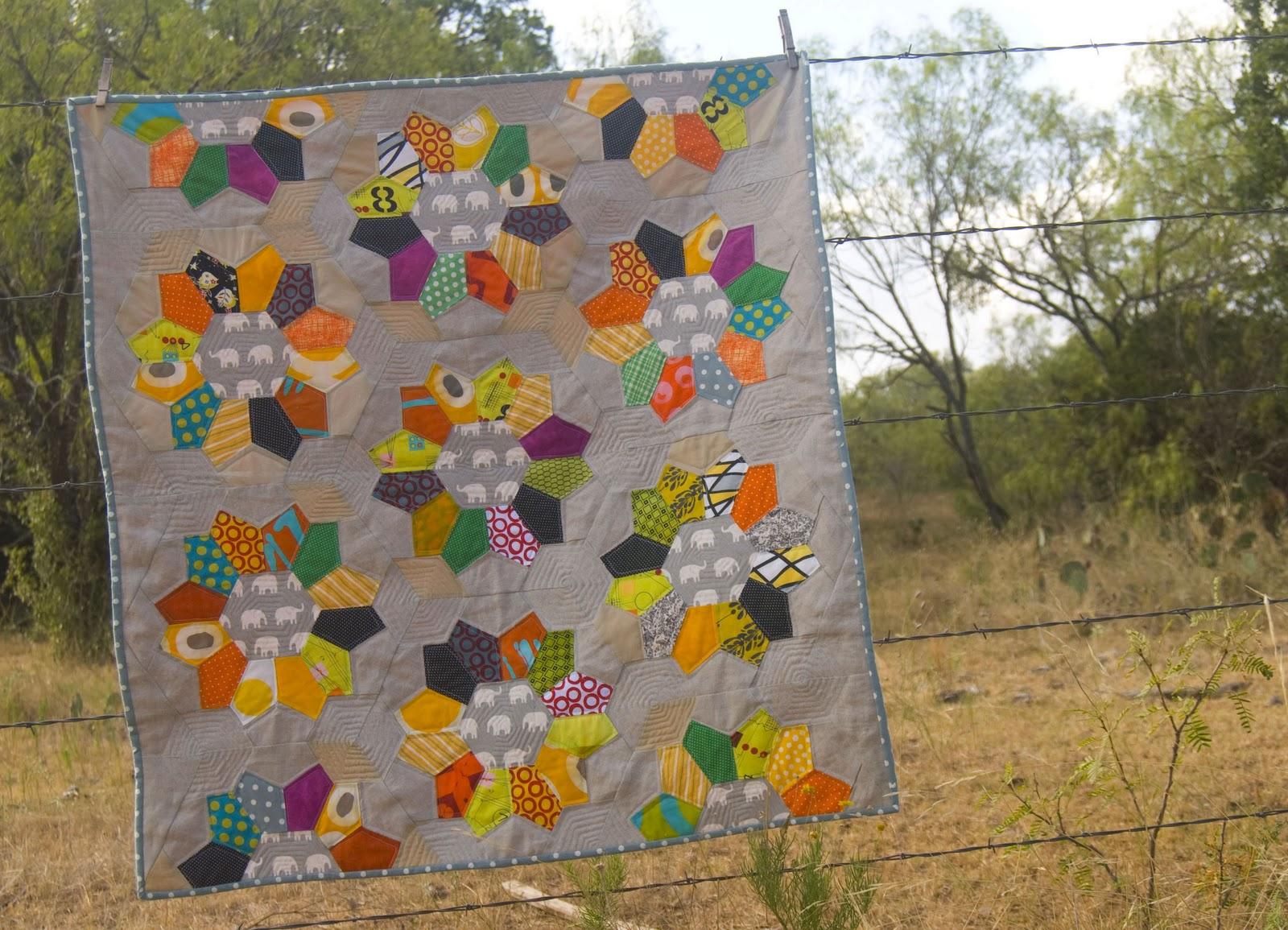 Modern Nursery Quilt Patterns : a stitch in dye: Book Preview #4