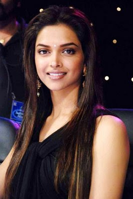 Deepika padukone in Black Dress1