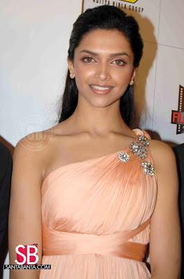 Deepika Padukone Filmfare Awards Pictures
