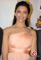Deepika Padukone Filmfare Awards Pictures9
