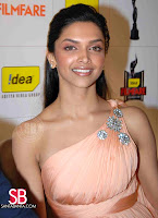 Deepika Padukone Filmfare Awards Pictures7