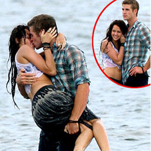 Miley Cyrus Liam Hemsworth2