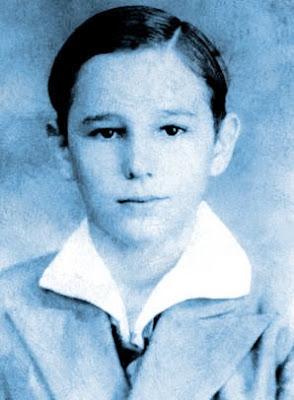 Fidel menino