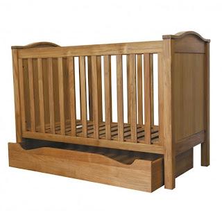 les petits chiffonniers lit en teck natalys. Black Bedroom Furniture Sets. Home Design Ideas