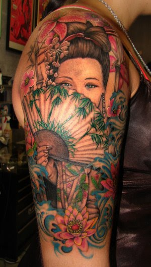 tattoo attack female shoulder tattoo with japanese geisha tattoo design. Black Bedroom Furniture Sets. Home Design Ideas