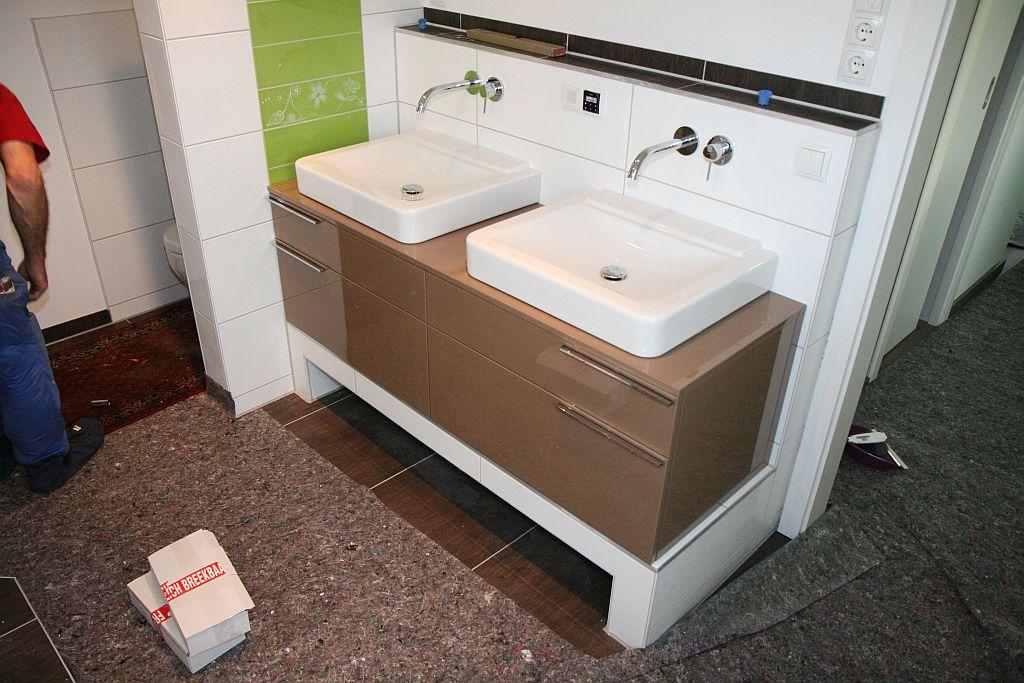 von der miete in die eigenen w nde m bel elternbad episode 4 das finish und erste. Black Bedroom Furniture Sets. Home Design Ideas